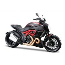 Model motocyklu Maisto Ducati Diavel Carbon